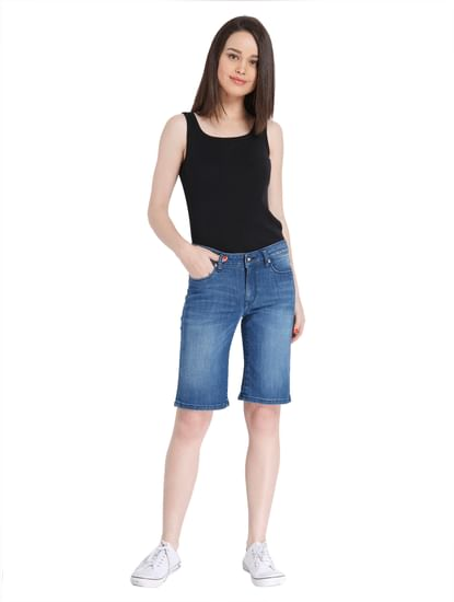 Denim-Washed Casual Shorts