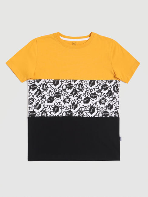Boys Yellow Colourblocked Crew Neck T-shirt