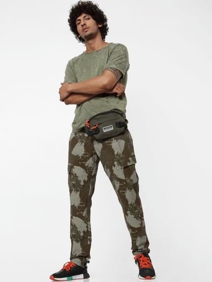 Green Mid Rise Abstract Print Sweatpants