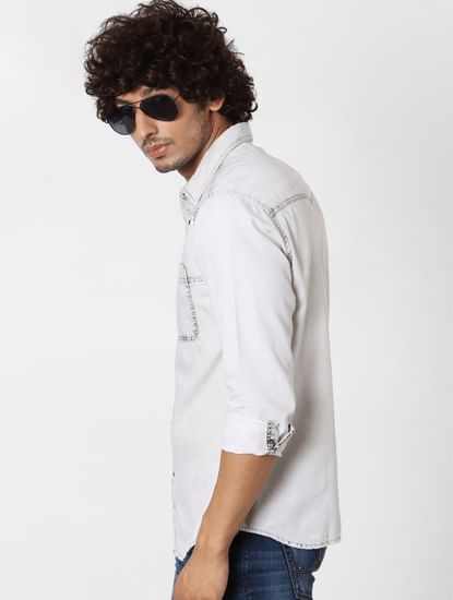 White Full Sleeves Buttoned Shirt