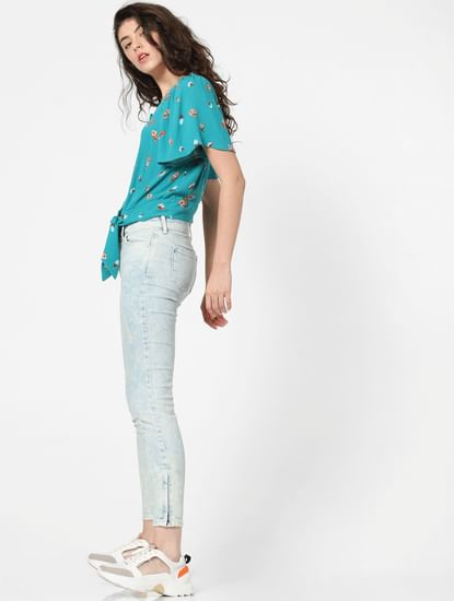 Light Blue Mid Rise Ice Washed Skinny Jeans