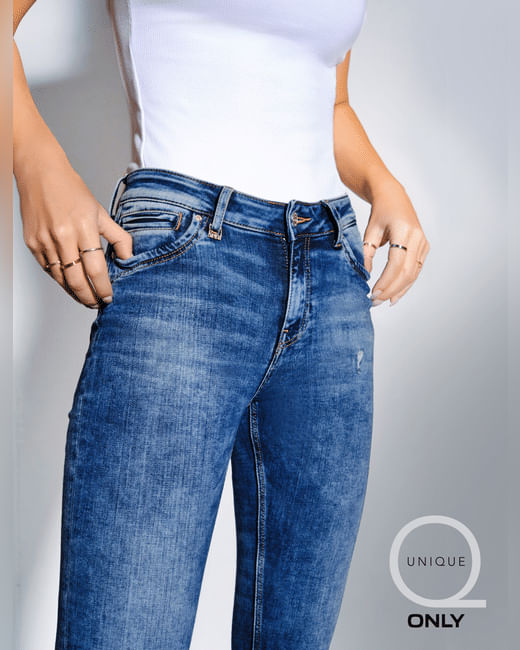 UNIQUE Blue Mid Rise Washed Skinny Jeans