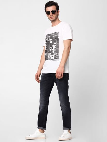 Black Leon Mid Rise Slim Fit Distressed Jeans