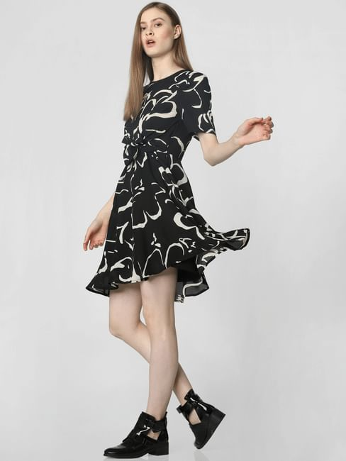 Black Front Knot Detail Printed Fit & Flare Dress