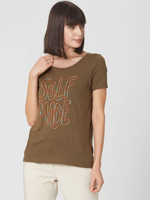 Olive Embroidered Text Print T-shirt