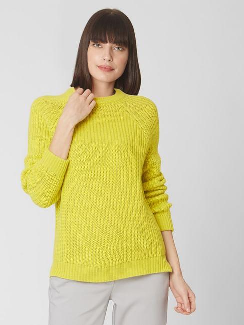 Green Raglan Sleeves Sweater