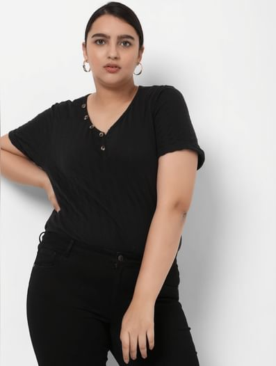 Black Ribbed Henley Neck T-shirt