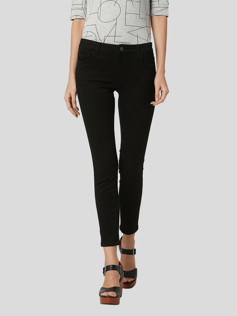 Perfect Black Mid Rise Jeggings