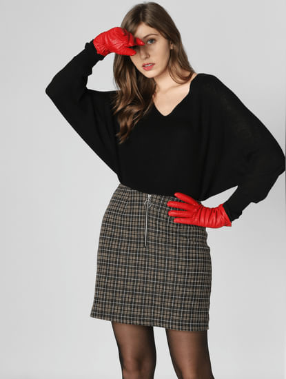 Black Batwing Sleeves Pullover