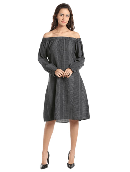 Printed Black Off Shoulder Midi Dress