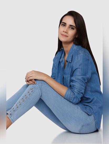 Light Blue Mid Rise Eyelet Detail Skinny Fit Jeans