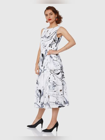 White Marble Print Textured Pleated Midi Dress