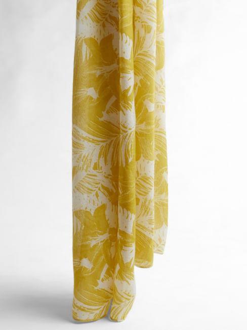 Yellow Leaf Print Scarf